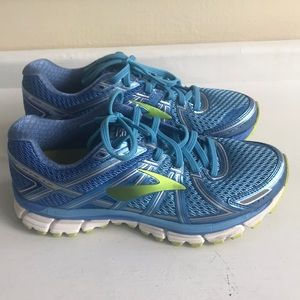 Brooks GTS 17 Running Shoes Size 8